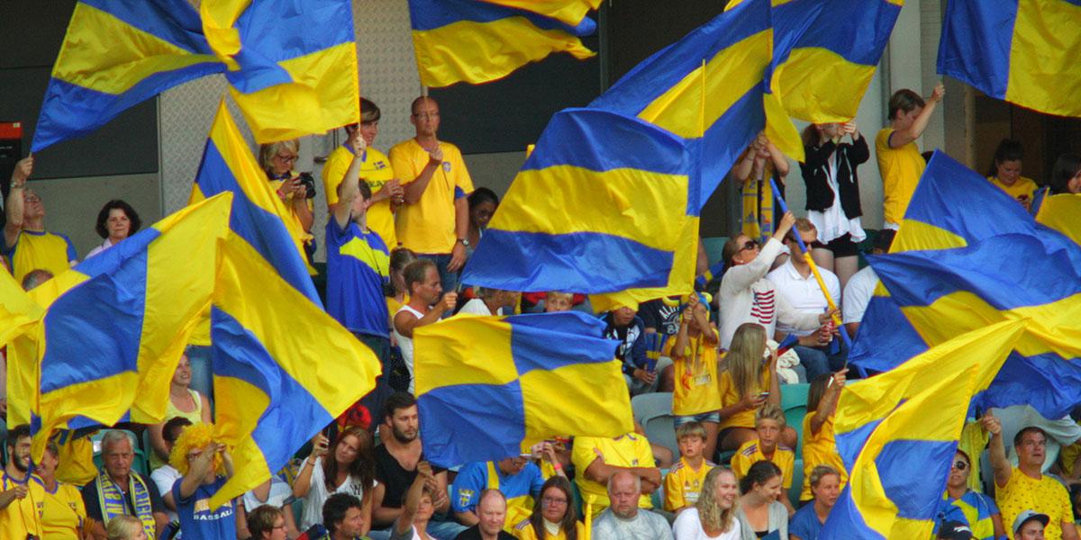 Svenska fans (foto: Blondinrikard Fröberg, Flickr)